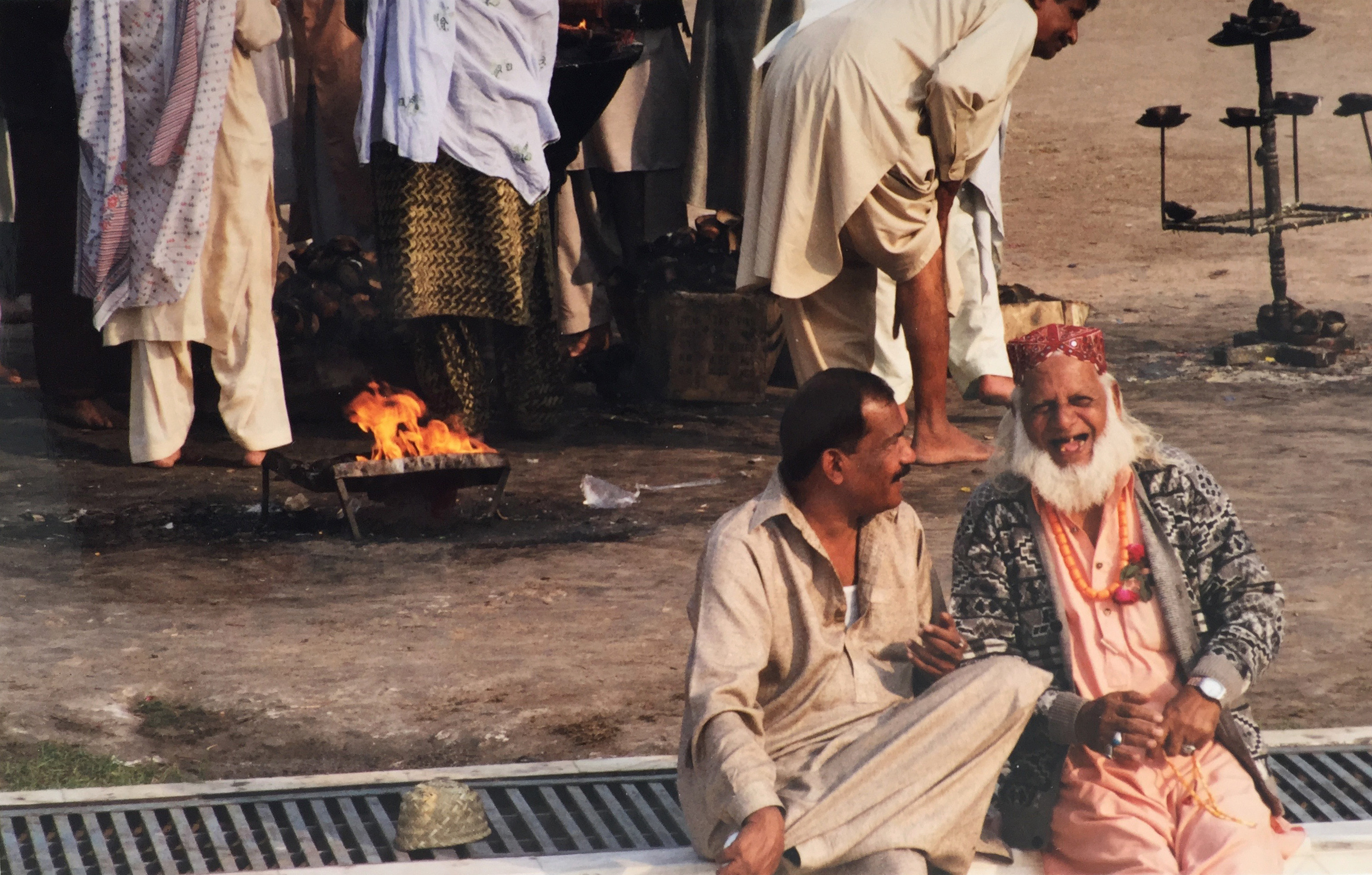 Helena Zingarella ~ travel photography pakistan sufi