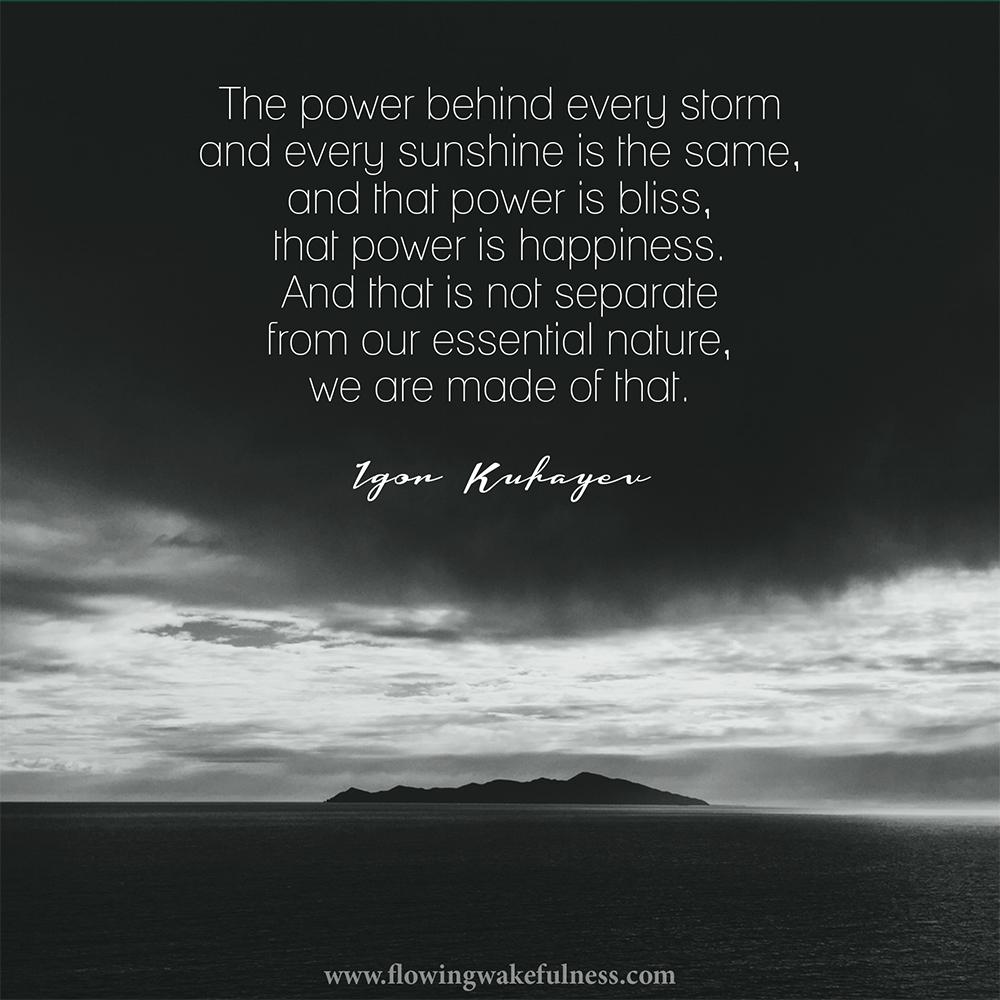 helena_power behind